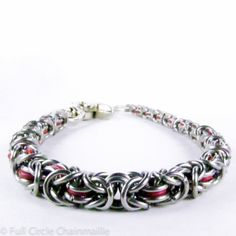 Red Chainmaille Wallet Chain Graduated by fullcirclechains - very cool, this uses two different gauges of wire and five different link sizes!