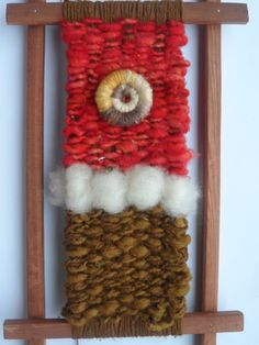 Maybe add those spiral shells from NZ beach to a weaving? Art Projects, Projects To Try, Collage Frames, Tapestry Weaving, Weaving Techniques, Textiles, Fourth Of July, Fiber Art, Ladder Decor