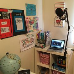 Had set aside today to batch record as many podcasts as I could and of course the guy painting our house had to start sanding right outside my office today.  So set up in my son's bedroom.  Acoustics are better in here anyway! by darrenrowse