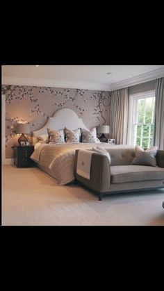 Bedroom Colors, Bedroom Decor, Style At Home, Neoclassical Interior, Grey Room, Master Bedroom Design, Luxurious Bedrooms, Beautiful Bedrooms, Decoration