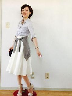 今年っぽくいくならスカートにはシャツを合わせよう♡ - NAVER まとめ