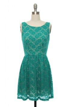 Not only is this dress adorable... but it also named the Zooey Dress. Winner all around.
