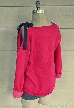 An easy sweatshirt diy. brassy apple: bow sweater knockoff r Sweatshirt Refashion, Diy Shirt, Diy Pullover, Umgestaltete Shirts, Diy Clothes Refashion, Diy Vetement, Diy Mode, Diy Clothes Videos, Creation Couture