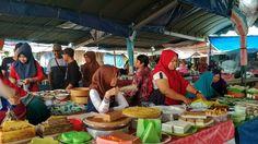 'Ramadhan market' taken by yuliono on June 10th 2017, 11:44:57 am