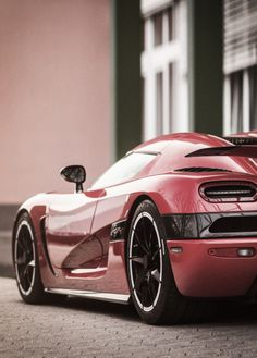 Loving the lines on this #Koenigsegg! #SuperCars #Speed #Power #Design #Beauty #Luxury #Cars #CarShowSafari
