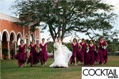 #hacienda #boda #merida #yucatan #wedding #haciendachichisuarez #love #novia #bride #picture #arcos #jardin #friends #amigas #bridesmaid