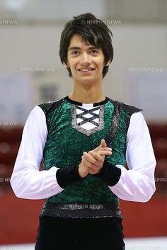 Ryuju Hino, NOVEMBER 18, 2012 - Figure Skating : Japan Junior Figure Skating Championships 2012, Mens Victory Ceremony at DyDo Drink Ice Arena, Tokyo, Japan. (Photo by AFLO SPORT) [1156]