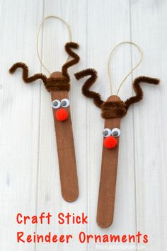 This Craft Stick Reindeer Ornament is a cute and easy Rudolph inspired ornament kids can make to hang on the Christmas tree. #KidsCrafts #ornament #christmas #rudolphtherednosedreindeer