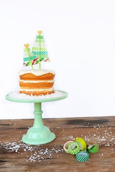 DIY Washi Tape Christmas Tree Cake Topper - Entertain | Fun DIY Party Craft Ideas