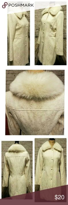 "Forever 21 Creme Coat With Removable Faux Fur Trim Beautiful long cream coat by Forever 21. Size M. Detachable fur collar. Excellent preowned condition. Approximate measurements: Length 35 "". Waist 16"". Bust 16.5"". Sleeves 25"". Color cream with gold. Button closure with button accents on sleeves. Forever 21 Jackets & Coats Trench Coats"