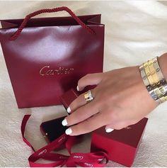 Pinterest:@luxurylife004 Bracelet Love, Love Bracelets, Ring Bracelet, Pearl Bracelet, Bangle Bracelets, 3 Carat Ring, Cartier Love Ring, Cartier Love Bracelet, Cartier Rings