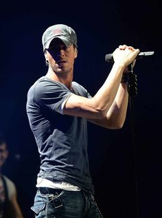 Enrique-Iglesias -- Okay, seriously, it's like he's the Spanish version of Luke Bryan.