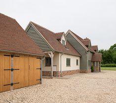 Westcroft Barn - Border Oak - oak framed houses, oak framed garages and structures. Bungalow Exterior, Bungalow Renovation, Dream House Exterior, House Exteriors, Wooden Cladding Exterior, House Cladding, Home Building Design, House Design, Roof Design