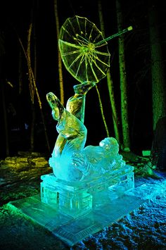 "World Ice Art Championships: ""Held in Fairbanks during the first week of March, this event draws ice sculptors from around the globe."" Alaska: the Bradt Guide www.bradtguides.com"