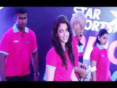 Aishwarya Rai Bachchan at the red carpet of Pro Kabaddi League 2014.