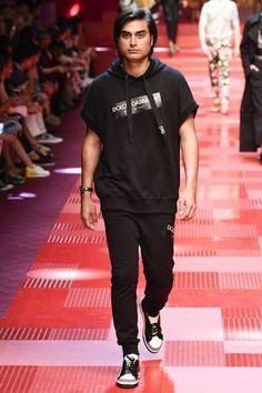Dolce & Gabbana Spring-Summer 2018 - Milan Fashion Week
