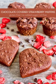 Chocolate Covered Strawberry Muffins | Fruity, chocolatey protein muffins that taste like sweet, chocolate covered strawberries! These healthy muffins are gluten-free, oil-free, and have no added sugar. A delicious way to satisfy your sweet tooth! #glutenfree #oilfree #noaddedsugar #healthybaking #healthymuffins #valentinesdaytreats #valentinesdaydessert #valentinesdaybaking #chocolatemuffins #healthybaking #glutenfreebaking Gluten Free Muffins, Gluten Free Baking, Healthy Baking, Healthy Desserts, Fun Desserts, Delicious Desserts, Healthy Recipes, Chocolate Muffins, Gluten Free Chocolate