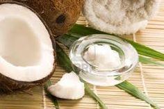 Aceite de coco, Beneficios y propiedades: En cosmética, el aceite de coco para la piel, se ha convertido hoy en día en uno de los ingredientes número uno, tanto para la producción de burbujas en geles y jabones, como ingrediente habitual en cremas corporales hidratantes, bálsamos labiales, acondicionadores del pelo, protectores grasos y ungüentos…http://veradermis.com/blog/aceite-de-coco-beneficios-y-propiedades/