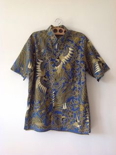 Vintage 90s 1990s African Caribbean Mens Blue Shirt by baileysbits