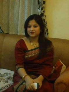 MEERA INDEPENDENT HOUSEWIFE IN BANGALORE CALL UDAY