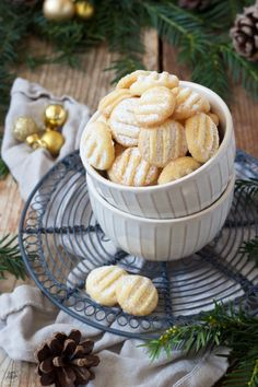 Pudding Cookies Recipe - The pudding biscuits are fast and straightforward to make and style gentle, which is why they're sometimes called Scheeflöckchen. // Sweets & Way of life®️️ # pudding cookies biscuits Christmas Biscuits, Christmas Baking, Christmas Cookies, Baby Biscuit Recipe, Biscuit Pudding, Delicious Cookie Recipes, Chocolate Chip Recipes, Chocolate Cookies, Pudding Desserts