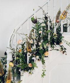 DIY Spring Floral Staircase
