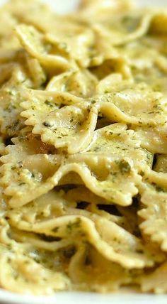 Creamy Pesto Pasta Recipe shewearsmanyhats.com