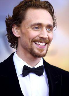 Look, Sarah - Tom Hiddleston!