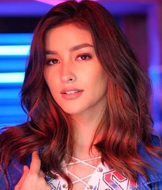 Tips For Changing Your Hairstyle. If you like your hairdo, there's no reason to agonize over making a s Filipina Actress, Filipina Beauty, Liza Soberano Instagram, Most Beautiful Faces, Beautiful Women, Lisa Soberano, Le Jolie, Asian Hair, Beauty Trends