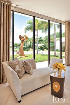 Interior Design: Robert M. Krych and Kris M. Kocher Architect: Shane Ames Photography: Michael Stavardis Florida Fall 2010 #Luxe