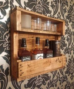 DIY Recycled Wood Pallet Ideas for Projects Recycled Pallet Ideas . DIY Recycled Wood Pallet Ideas for Projects Ideas for recycled pallets # Wooden Pallet Projects, Woodworking Projects Diy, Pallet Ideas, Woodworking Tools, Recycled Pallets, Recycled Wood, Wood Pallets, Pallet Wood, Pallet Boards