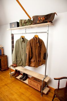 48 Creative DIY Clothes Rack Design Ideas - Page 46 of 47 - Best Home Decorating Ideas Pipe Furniture, Rustic Furniture, Furniture Removal, Vintage Furniture, Diy Clothes Rack Pipe, Diy Clothes Shelf, Diy Clothes Rack Cheap, Hanging Clothes, Scaffold Boards