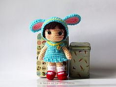 Cynthia_-the-little-bunny-girl---a-free-amigurumi-pattern-by-tales-of-twisted-fibers