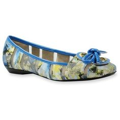 J Rene233 Blue Multibri Edie Flat - Women's ($100) ❤ liked on Polyvore featuring shoes, flats, blue shoes, pattern flats, blue floral shoes, blue floral print shoes and print flats