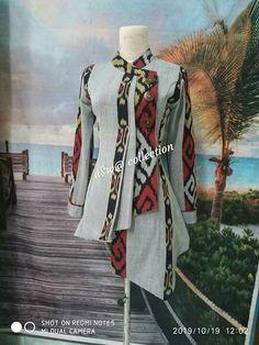 Batik Fashion, Abaya Fashion, Fashion Sewing, Fashion Outfits, Sharara Designs, Kurti Neck Designs, Batik Kebaya, Batik Dress, Mode Batik
