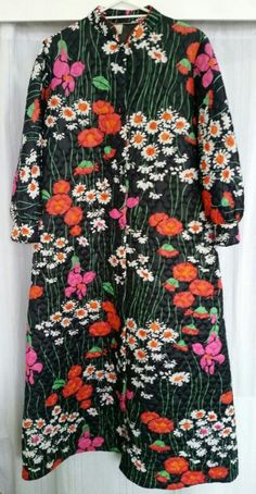 Vintage dressing gown Vintage Clothing, Vintage Outfits, Dressing, Button Down Shirt, Men Casual, Gowns, Mens Tops, Shirts, Clothes