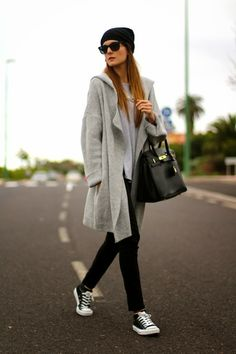 Oversized coat and sneakers