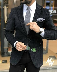 Amazing outfit! Looking sharp!  #mensclothing #menswear #mensfashion #gentleman #ootd #suits #blazers #mensfashionposting #lookoftheday #viralvideos #menswear #love #GQ #suitedandbooted #suited #beautifuldestinations #suituptime #suitup #dapperlife #follow #style #menstyle #gentlemen #mensstyle #mensfashionblogger #suit #menwithclass