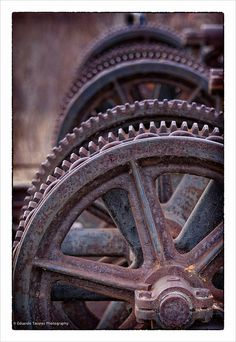 Old Gears by E_TAVARES