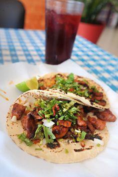 La Fruta Feliz tacos