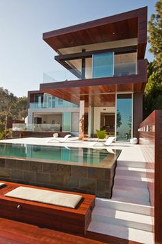 Sustainable & Spectacular Home In The Hills. The Sunset Plaza Residence. | if it's hip, it's here