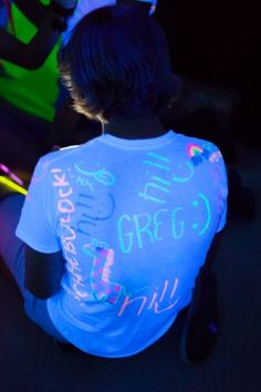glow in the dark party neon glow bunting t shirt