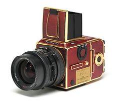 Hasselblad 503CW 18 karat Gold Limited Edition