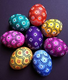 Pin by Esther Liebal on Meine Ostereier / My Easter Eggs Egg Crafts, Easter Crafts, Holiday Crafts, Bunny Crafts, Easter Decor, Easter Ideas, Easter Egg Designs, Diy Ostern, Ukrainian Easter Eggs