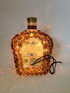 ook leuk met ronde safari flessen (vaasvulling glassteentjes opplakken en lampjes in de fles)
