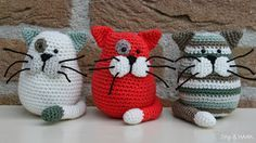 Dots  HOOK: Free Patterns amigurumi cat, rat, bunny, pig, and dog. All very cute but patterns are not in English.