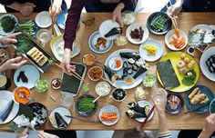 Makiko Sano is a Japanese Chef offering Japanese cooking classes. My school is very hands on and fun - learn about Japanese cooking and culture in London, UK. Japanese Chef, Cooking Classes, Sushi