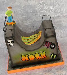Skateboarder Halfpipe - Cake by AlwaysWithCake