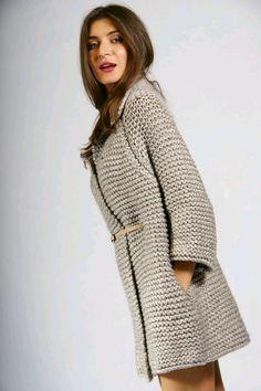 """Mobile Mini LiveInternet coat or cardigan idea to surround knitting?"", "" El abrigo a la moda tej Crochet Coat, Crochet Jacket, Knitted Coat, Crochet Cardigan, Crochet Clothes, Knit Dress, Sweater Knitting Patterns, Coat Patterns, Diy Crafts Knitting"