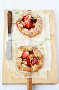 Strawberry and Banana mini pies